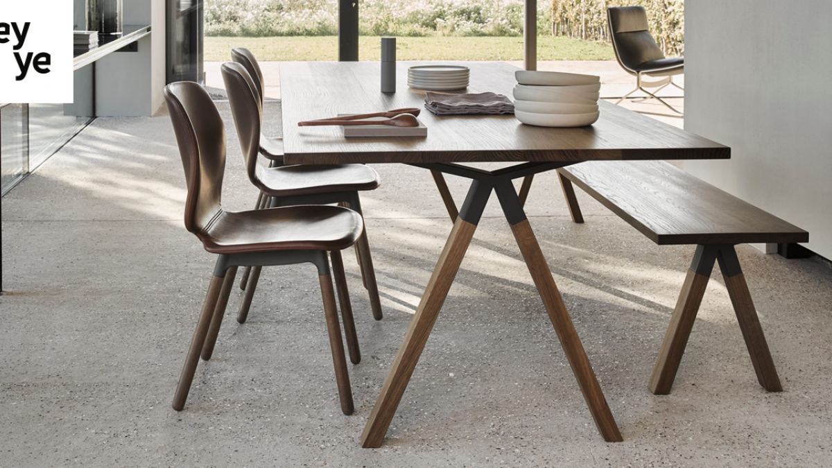 tafels en stoelen hechtel
